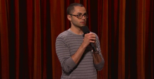 On Conan, Joe Mande dissects foodies and threesomes