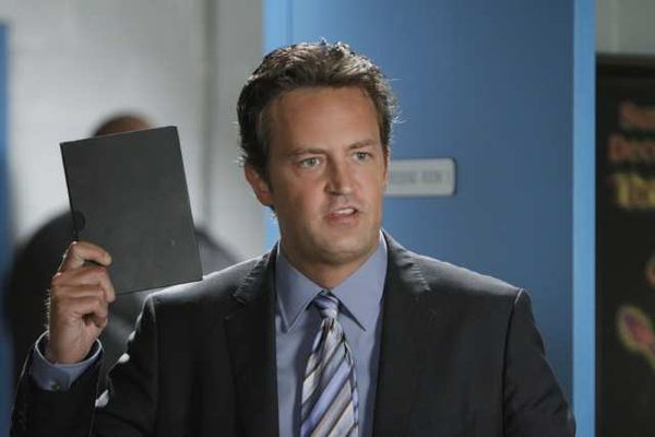 """NBC looks to old """"Friends,"""" Matthew Perry, with first 2012-2013 series order: """"Go On"""""""