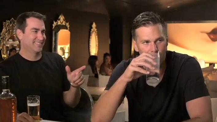 "Rob Riggle replaces Frank Caliendo as funny football prognosticator on ""FOX NFL Sunday"""