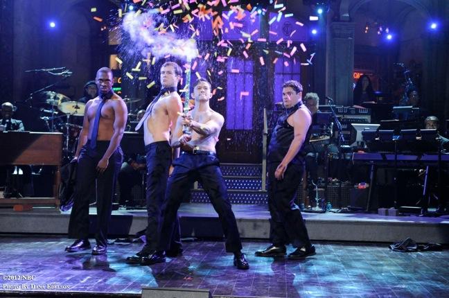 SNL #38.2 RECAP: Host Joseph Gordon-Levitt, musical guest Mumford and Sons