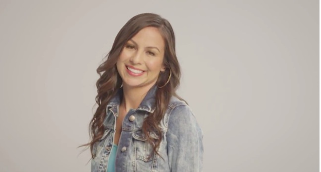 """Anjelah Johnson talks about Bon Qui Qui's wild ride and her """"Homecoming Show"""" special on NUVOtv"""