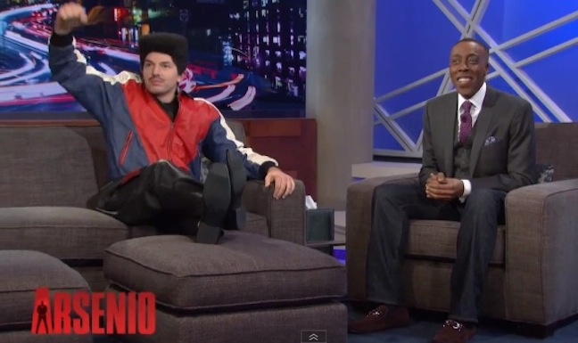 Arsenio Hall welcomes ArScheerio Paul to his show. Time + space still continuum.