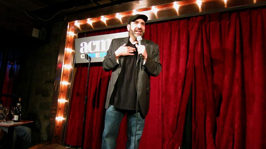 """Dave Attell shares his """"Road Work"""" experiences across America as a club comic in new Comedy Central stand-up special"""