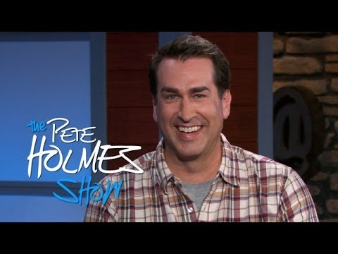 "Rob Riggle compares ""broken toys"" of stand-up to ""team"" of improvisation on The Pete Holmes Show"