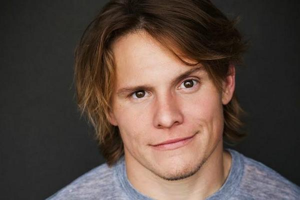 """Nickelodeon taps Tony Cavalero from The Groundlings to lead """"School of Rock"""" TV series adaptation"""