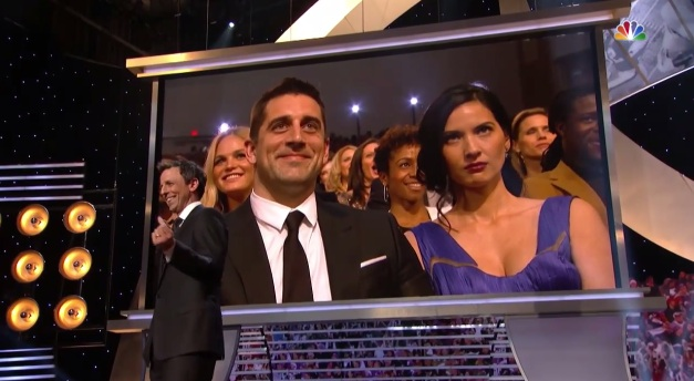 Seth Meyers roasts the NFL in opening monologue for 2015 NFL Honors