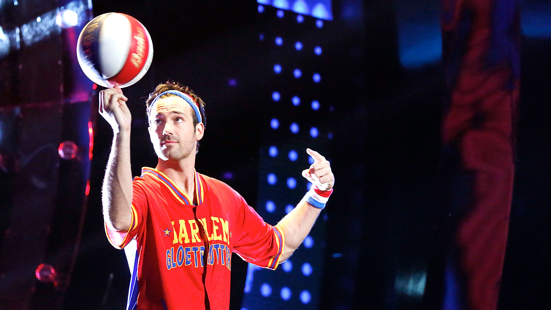 """Jeff Dye walks the talk on NBC's """"I Can Do That"""""""