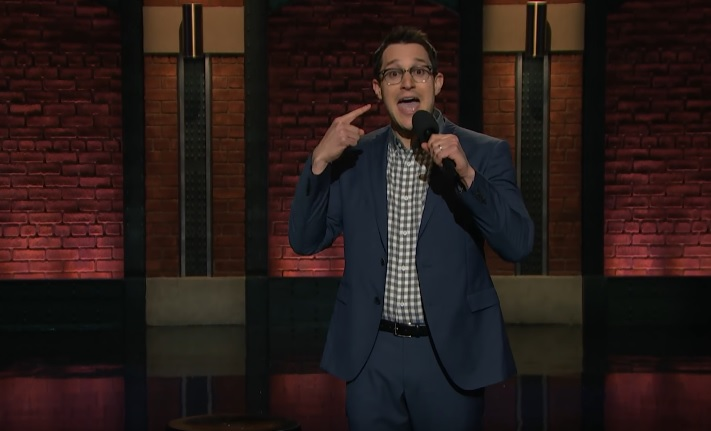Dan Levy on Late Night with Seth Meyers