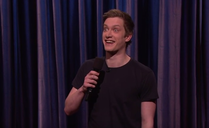 """Daniel Sloss embraces his evil thoughts on """"Conan"""""""
