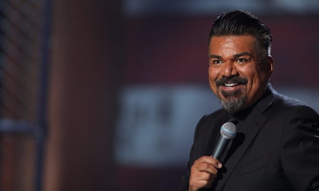 """Review: George Lopez, """"The Wall: Live! From Washington, D.C."""" on HBO"""