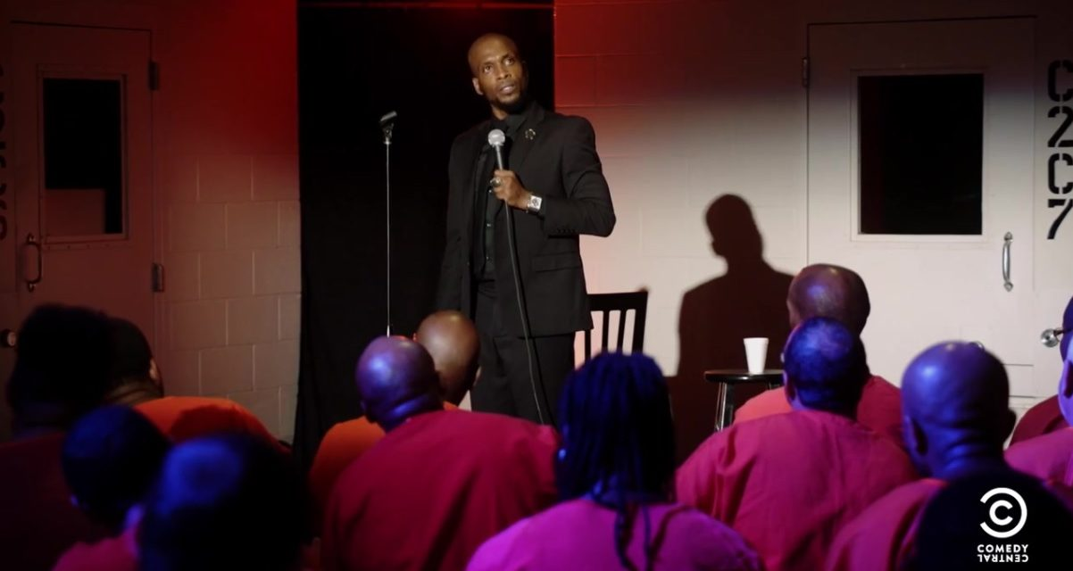 Ali Siddiq goes back to prison, this time as a performer to inspire the convicts with his comedy conviction