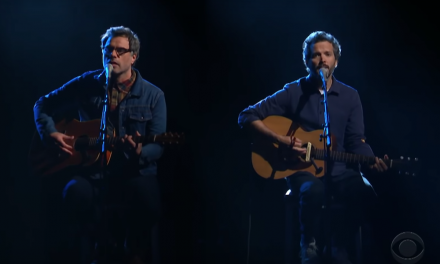 "Flight Of The Conchords performs ""Father & Son"" on The Late Show with Stephen Colbert"