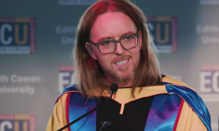 Tim Minchin returns to Western Australian Academy of Performing Arts at Edith Cowan University to receive honorary degree
