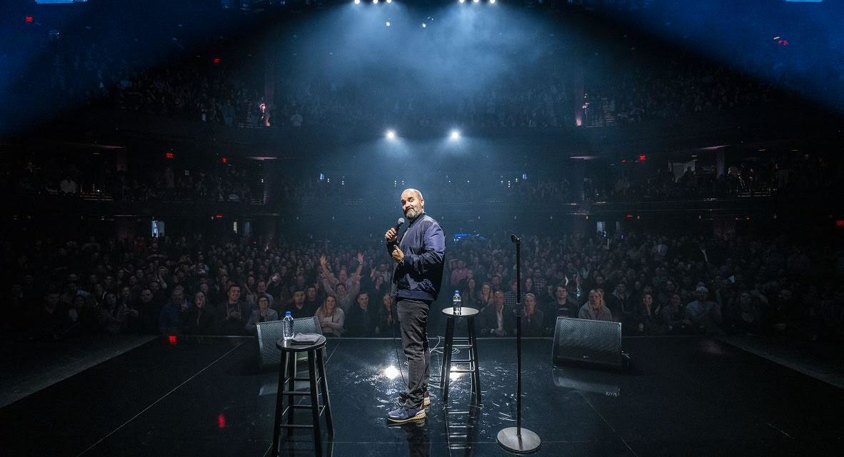 Tom Segura has two Netflix specials coming in 2020, with one en Español